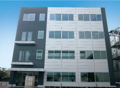 各分野のエキスパートによる、基礎研究から商品化まで一貫した研究開発。